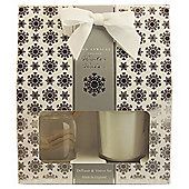 Wax Lyrical Winter Walks Reed Diffuser & Candle Giftset