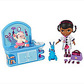 Doc McStuffins Magic Talking Checkup Set