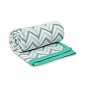 B Baby Bedding Chevron Knitted Blanket