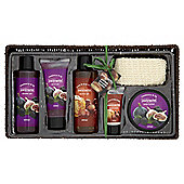 Extracts Perfect Pamper Basket