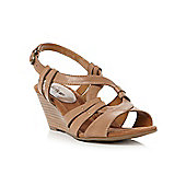 Linea Gibraltar Inter-Lacing Keyhole Sandals In Off White - Tan