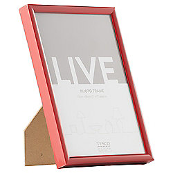 Tesco Basic Plastic Frame Red 5x7