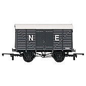 Hornby R6422 RailRoad Closed 00 Gauge Van