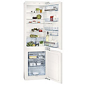 AEG SCS51800F0 Integrated 70/30 Fridge Freezer in White A+ energy rating