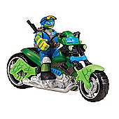 Teenage Mutant Ninja Turtles Mutations Vehicle and Leonardo Figure