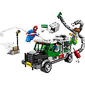 LEGO Marvel Super Heroes Ultimate Spider-Man: Doc Ock Truck Heist 76015