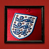 2010-11 England World Cup Womens Away Shirt - Red