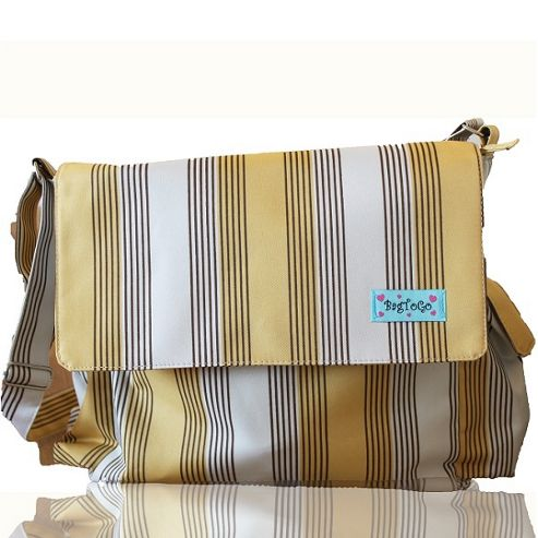 BagsToGo Stripe Messenger Changing Bag