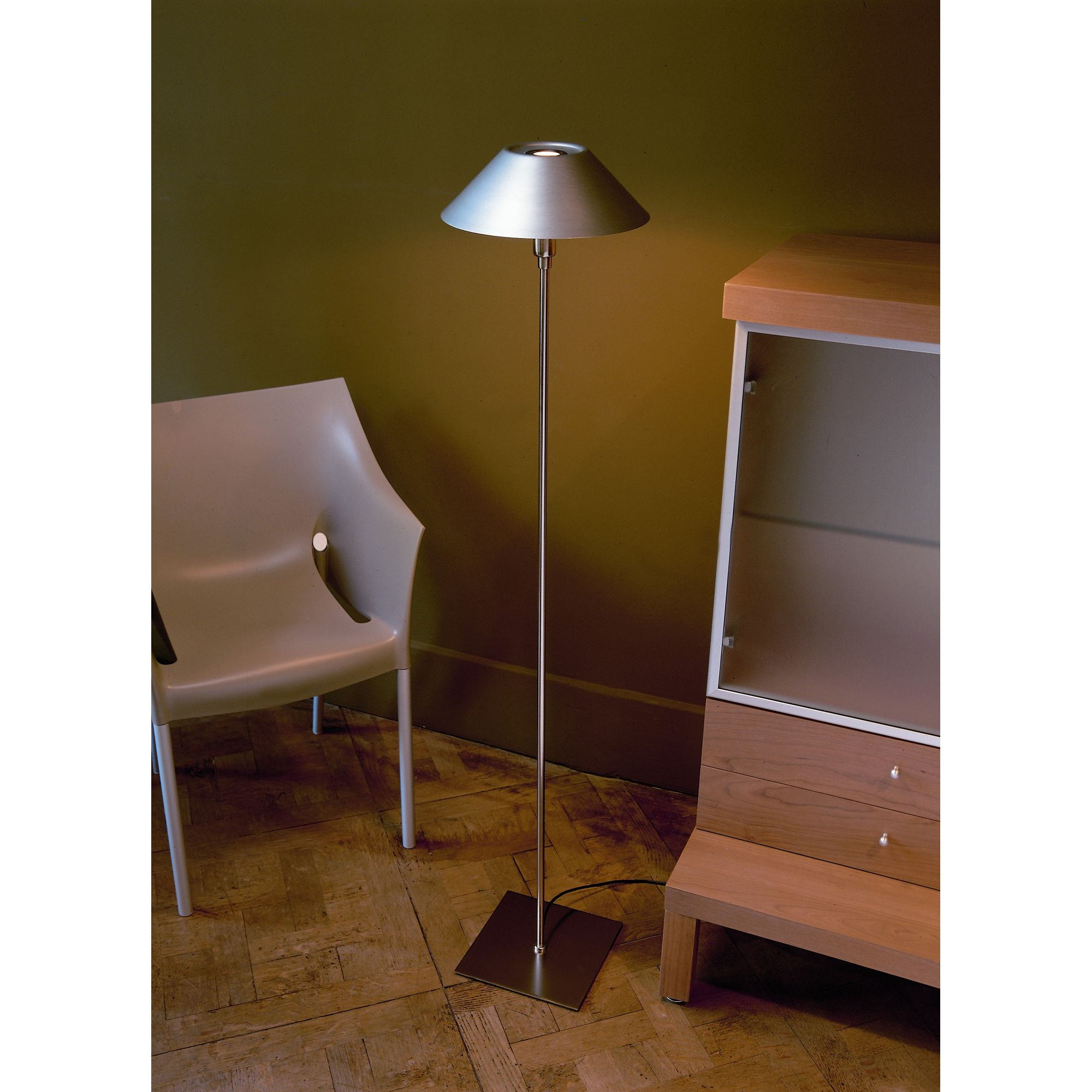 Marset Alta Floor Lamp - Polished Brass