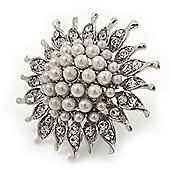 Large Diamante and Simulated Pearl 'Sunflower' Cocktail Ring In Rhodium Plating - 4.5cm Diameter