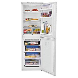 Hotpoint FFA52P fridge freezer