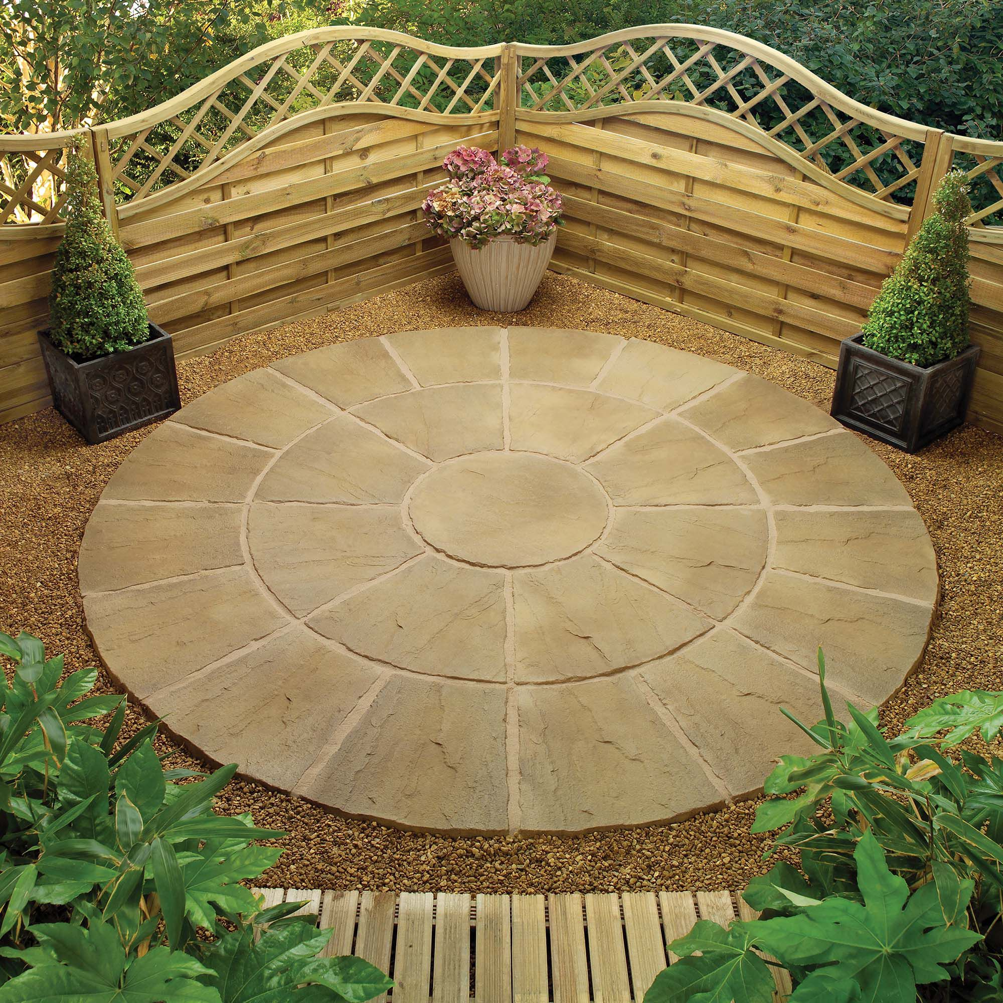 Lincoln Weathered Bronze Circle Kit 2.4m + Patio Base Kit at Tesco Direct