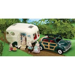 Sylvanian Families Caravan and Family Car