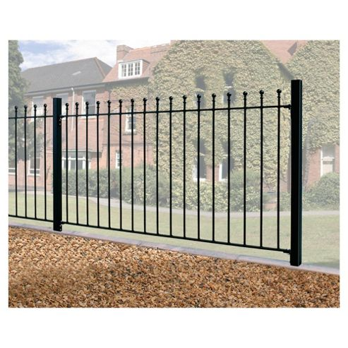 Burbage Manor Ball Fence Panel Ma01