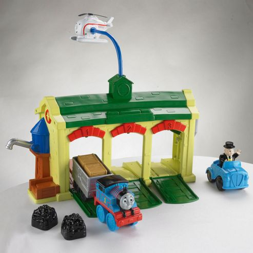 Thomas & Friends Discover Thomas Tidmouth Sheds Playset