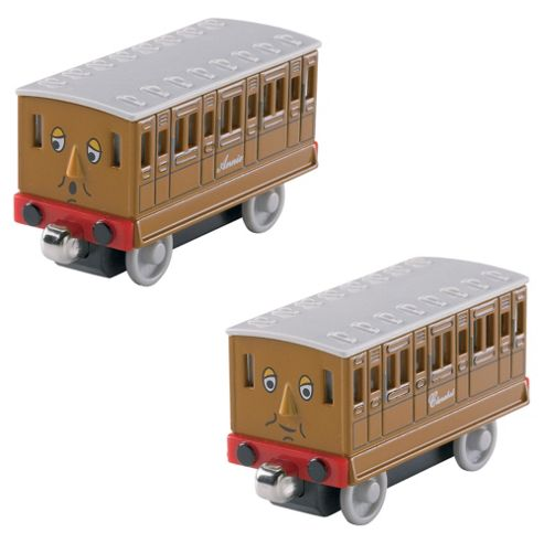 Thomas & Friends Take-n-Play Annie & Clarabel Caravan Train Engine
