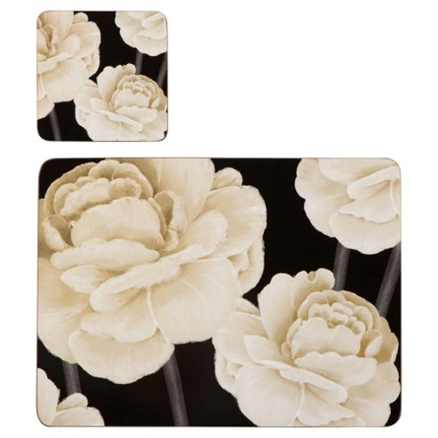 White Rose 4 Pack Of Square Placemats & Coasters