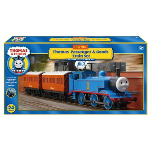 Hornby Thomas & Friends Passenger & Goods Set