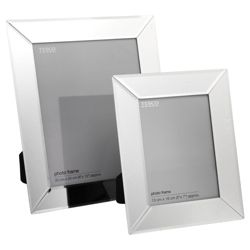 Set of 2 frames 8x10 & 5x7
