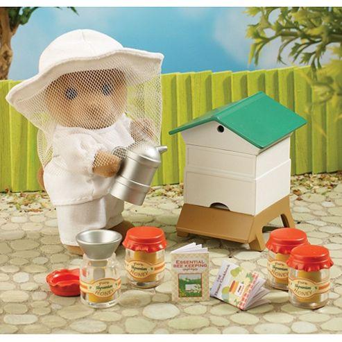 Sylvanian Families Beekeeper & Beehive Set