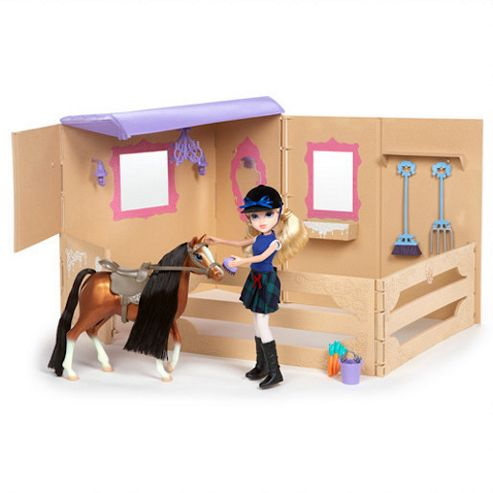 Mga Entertainment Moxie girlz horse riding club avery with stable and pony