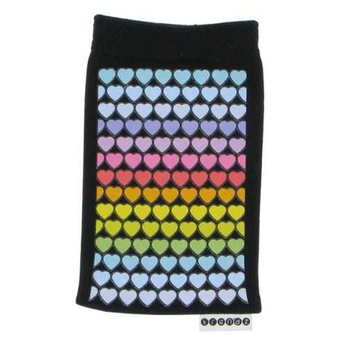 Trendz Universal Sock for iPhone/iPod/MP3/Smartphone Hearts