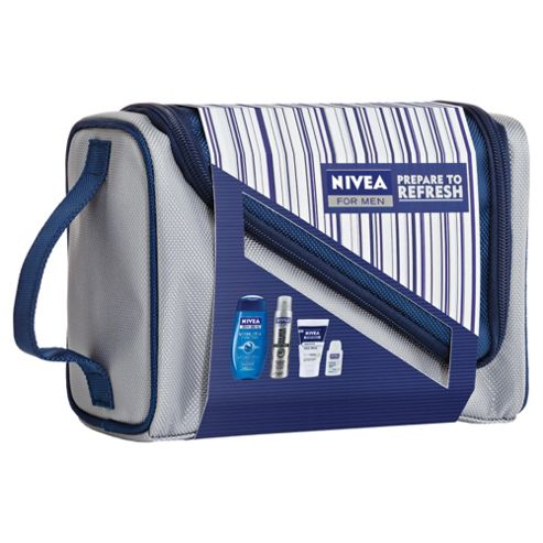 Nivea Prepare To Refresh Wash Bag
