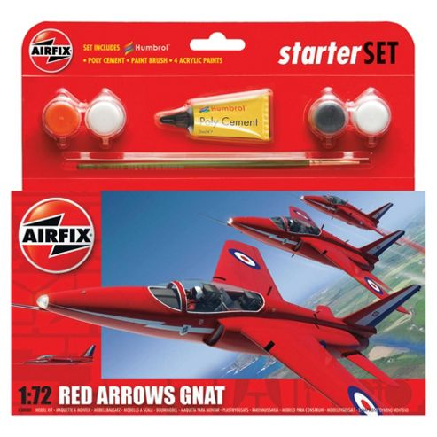 Airfix A50080 Red Arrow Gnat 1:72 Scale Military Aircraft Category 1 Gift Set