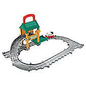 Thomas & Friends Engine Lift Repair Shed Playset