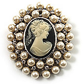 Pearl Crystal Cameo Brooch (Silver Tone)