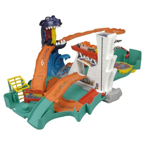 Hot Wheels Shark Bite Bay Playset