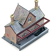 Hornby R8007 Booking Hall Kit