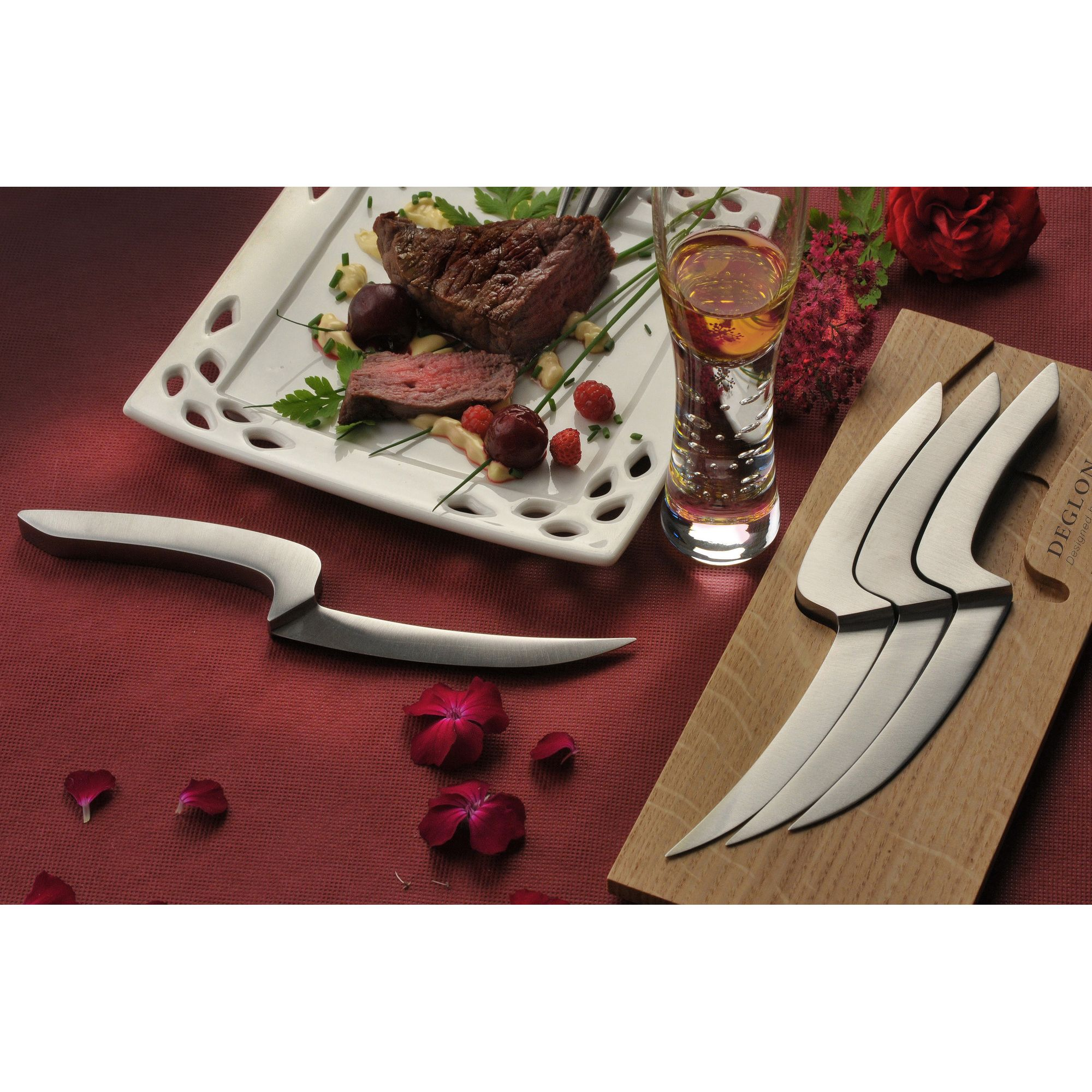 Déglon Meeting Knives Steak Knives with oak Base (Set of 4) at Tescos Direct