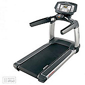 Life Fitness Platinum Club Treadmill with Discover Se Console