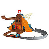 Fisher-Price Thomas & Friends Take-n-Play Roaring Dino Run