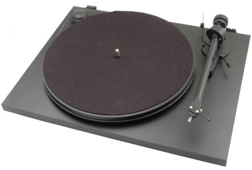 PROJECT ESSENTIAL II TURNTABLE (BLACK)