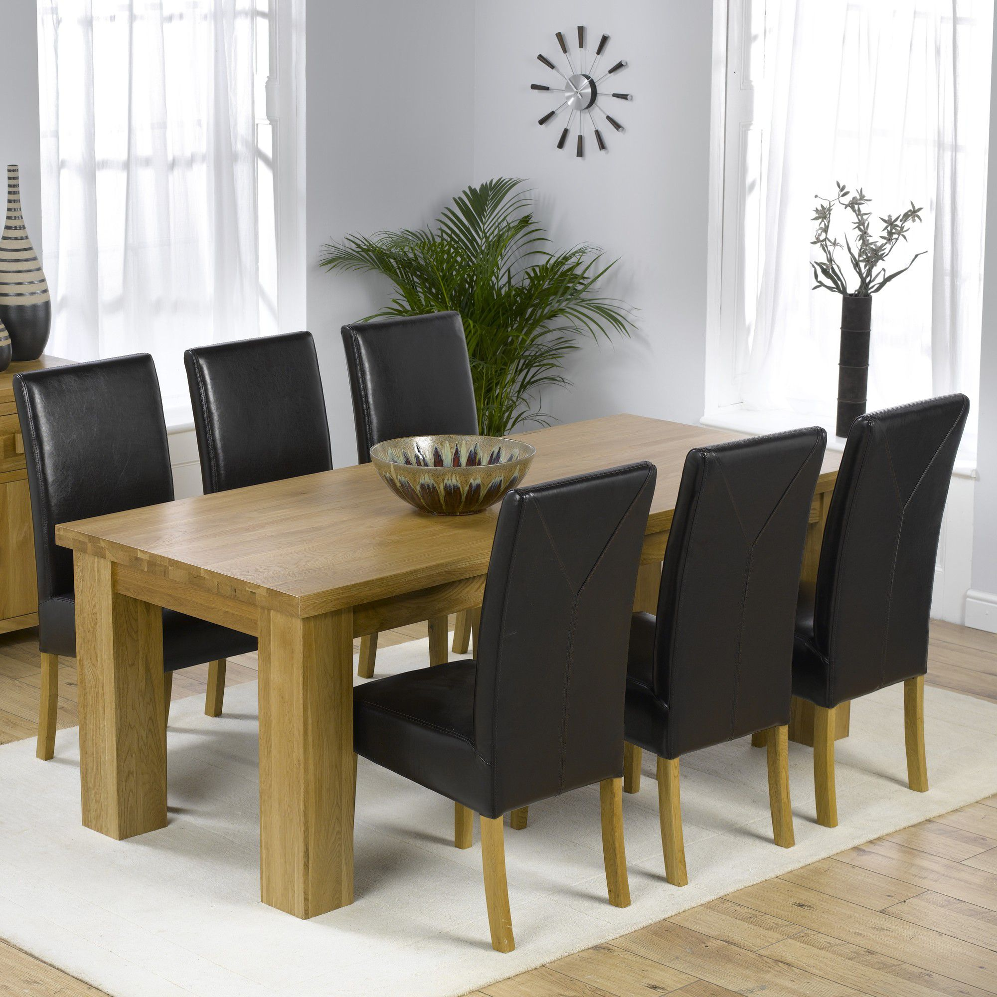 Mark Harris Furniture Barcelona Solid Oak Dining Table with Rustique Chairs