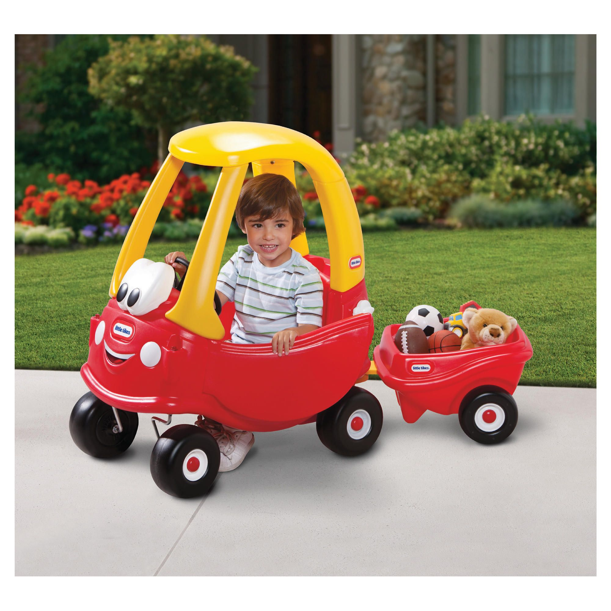 The Little Tikes Cozy Coupe is the bestselling vehicle since Toddlers love this riding toy 's classic design and easy maneuverability. Perfect indoors or out. The Cozy Coupe encourages active play, imagination, and the development of large motor lasourisglobe-trotteuse.tks: