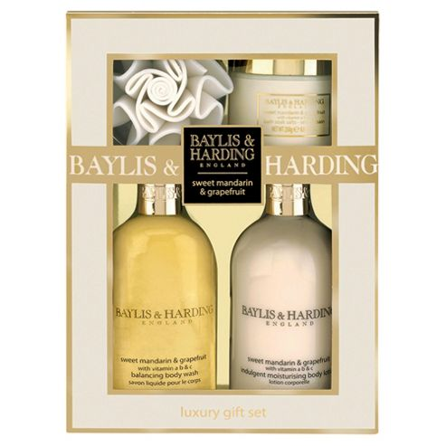 Baylis & Harding Sweet Mandarin & Grapefruit Luxury Gift Set