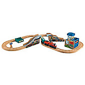 Fisher-Price Thomas & Friends Wooden Railway Train Set- James' Fishy Delivery