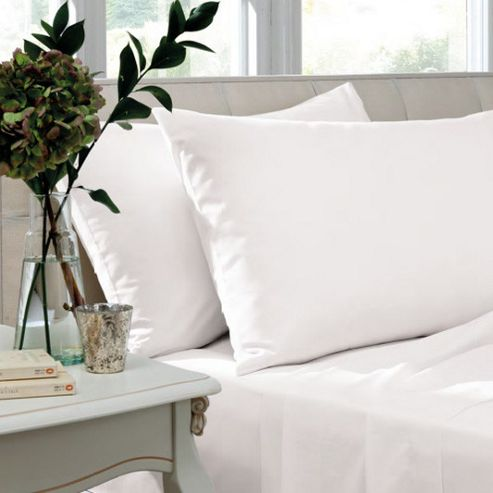 Catherine Lansfield Non Iron Percale Combed Poly-Cotton Flat Sheets in White - Double