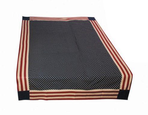 Woven Magic Vintage Glory Table Cloth - Small