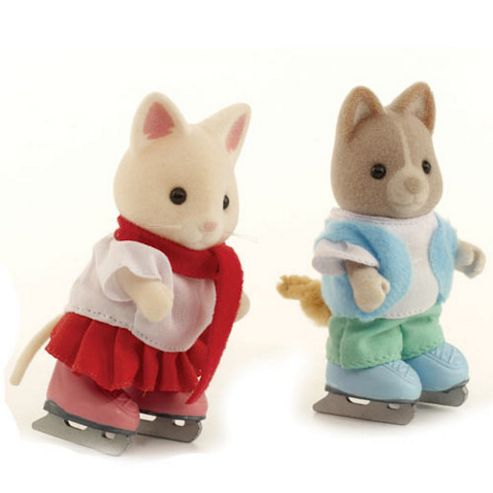Sylvanian Families Ice Skating Duo