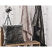 Gallery Grizzly Throw - Chocolate