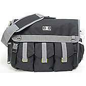 Diaper Dude Deluxe Messenger I Changing Bag Black