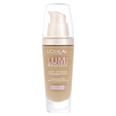 L'Oréal Lumi Magique Foundation Gold Sand 30ml