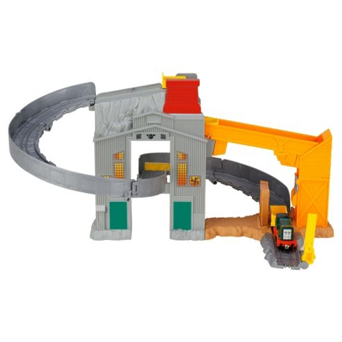 Thomas Take & Play Twist 'n' Tumble Cargo Drop