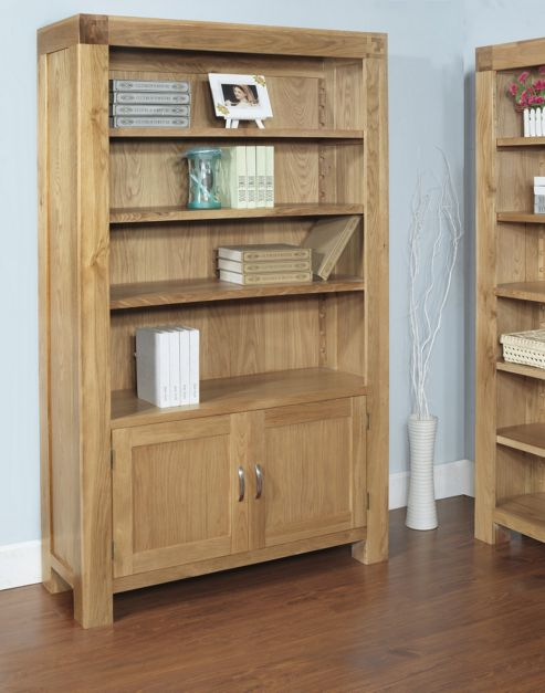 Hawkshead Rustic Oak Blonde 2 Door Bookcase