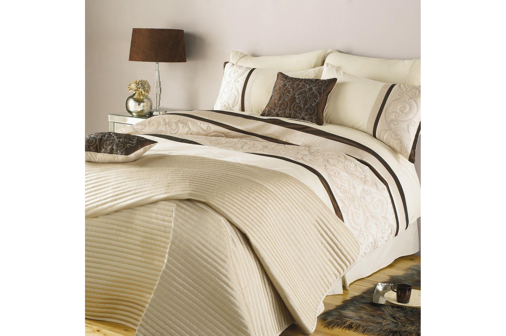 Home And Garden Gt Bedroom Tesco Regency Print Duvet Cover