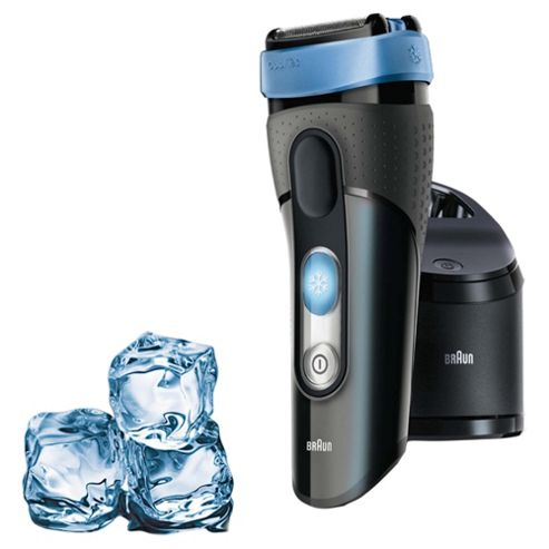 Braun CoolTec CT2cc Wet & Dry Foil Electric Shaver with active cooling and cleaning centre